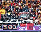 """Foto: Supporters KV Mechelen pakken uit met pijnlijke gezangen: """"Voetbalbond maffia!"""""""
