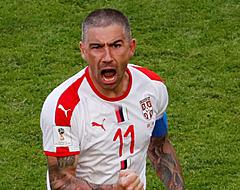 Servië start WK met zege na heerlijke vrije trap Kolarov