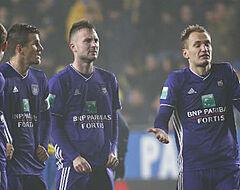 Opvallend: overbodige (?) Anderlecht-spelers draven op in clubvideo (🎥)