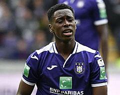 ''Ongewone' contractverlenging Sambi Lokonga blijft maar aanslepen'