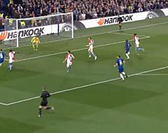 Knappe actie Hazard leidt bizar doelpunt Chelsea in (🎥)