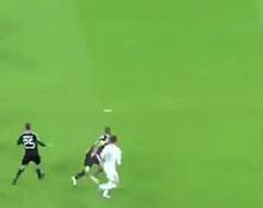 Recordman! Hazard slaat meteen toe met goal en fenomenale assist