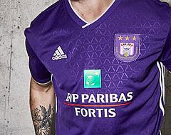 FOTO: Nieuw thuisshirt Anderlecht iets te vroeg gelekt