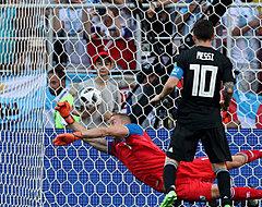 Messi vergeet vanop de stip Argentinië de zege te bezorgen tegen IJsland