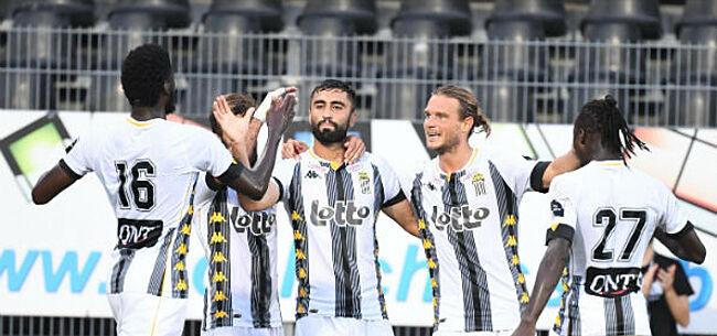 Foto: Charleroi pakt de leiding na zege in slotfase tegen KVO