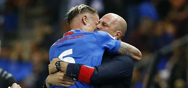 Foto: Genk-verdediger deelt prikje uit naar Clement:
