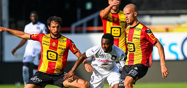 Foto: Anderlecht-fans viseren één man na matige eerste helft