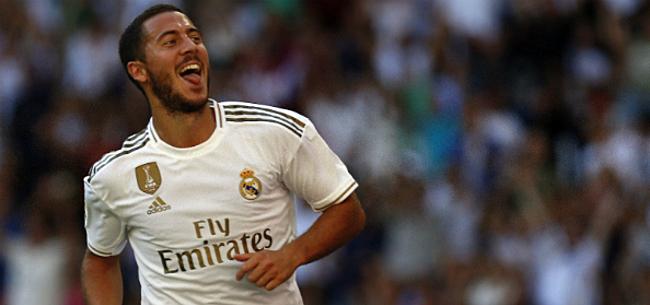 Foto: Real-ster kijkt met open mond naar Hazard: