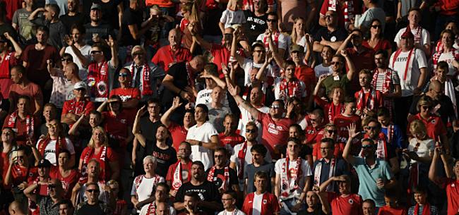 Foto: Antwerp-fans zorgen voor paniek in Nederland: