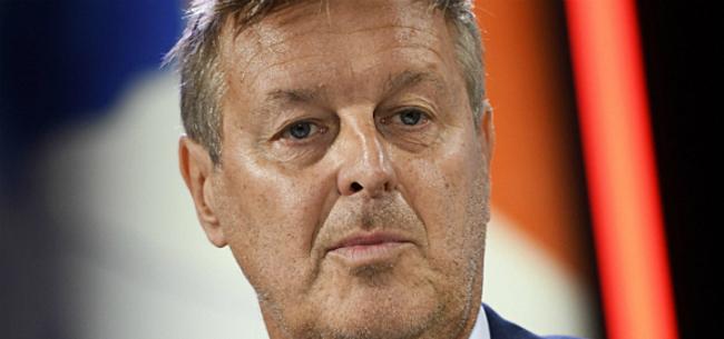Foto: Van Wijk blijft insinueren: