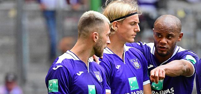 Foto: Anderlecht verdeelt rugnummers: vertrek drietal in de maak
