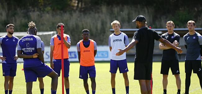Foto: 'Kompany lijkt nog drie spelers door te sturen'