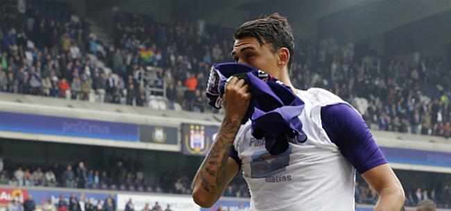 Foto: Anderlecht reageert op Suarez-affaire: Boete nóg hoger