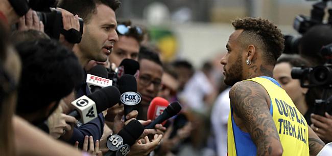 Foto: Vader Neymar doet straffe transferonthulling