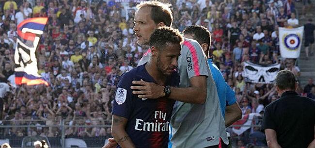 Foto: Neymar maakt het weer te bont: