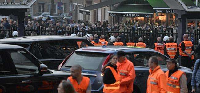Foto: Crisis Anderlecht: supporters met mekaar op de vuist, bestuur stilaan radeloos