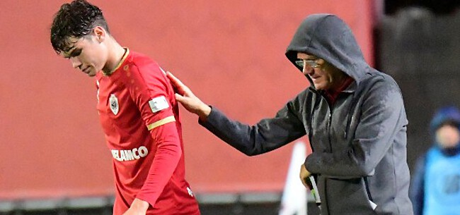 Foto: Antwerp breekt contract van verdediger met twee jaar open