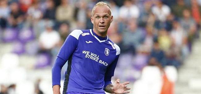 Foto: Holzhauser komt met knappe reactie op penalty-incident Beerschot