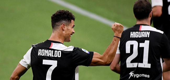 Foto: Ronaldo redt de meubelen bij Juve met twee penalty's