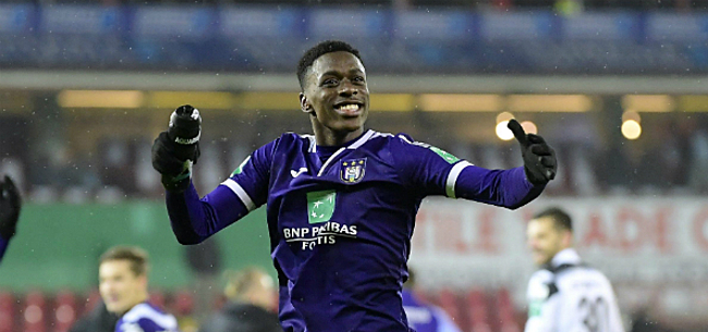 Foto: Sambi Lokonga geeft pronostiek voor clash tegen Standard