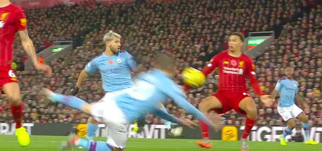Foto: Liverpool leidt na fenomenale start, City voelt zich dubbel bestolen