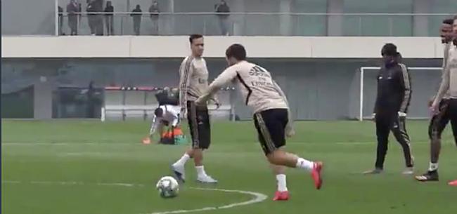 Foto: 'Hazard slaat ploegmaats met verstomming op training Real'