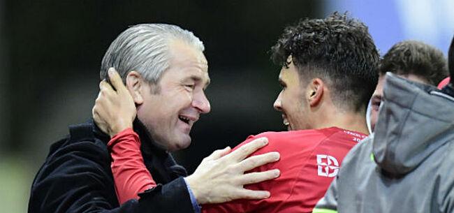 Foto: Moeskroen-coach maakt indruk met mooie reactie na zege in Gent