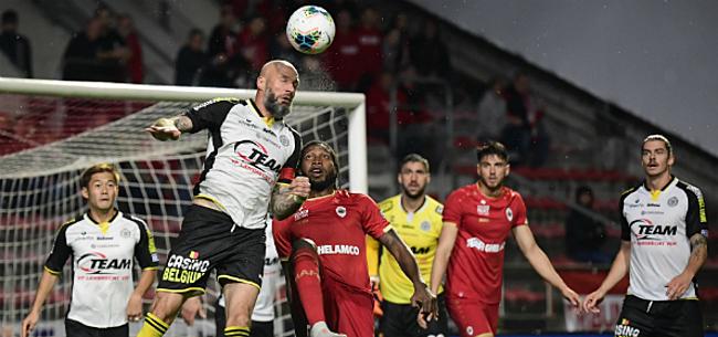 Foto: Antwerp-fans niet te spreken: