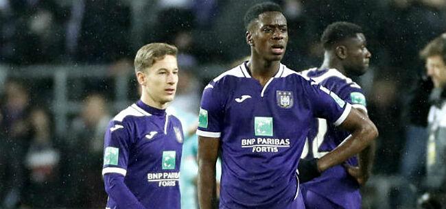 Foto: Lokonga onthult beste maat in Anderlecht-kleedkamer