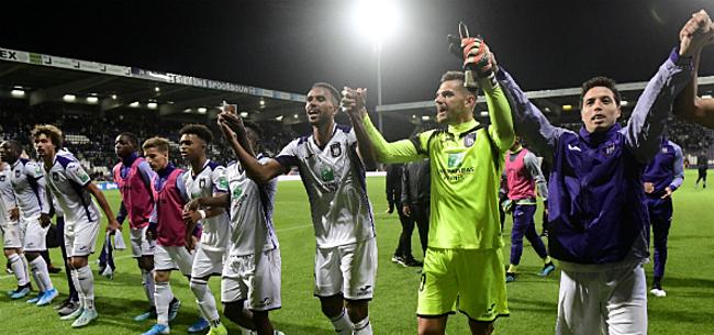 Foto: Eén man neemt Anderlecht bij de hand:
