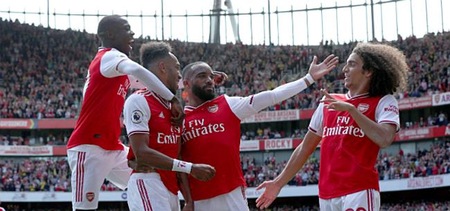 Foto: Van Persie haalt uit ondanks 6 op 6 Arsenal