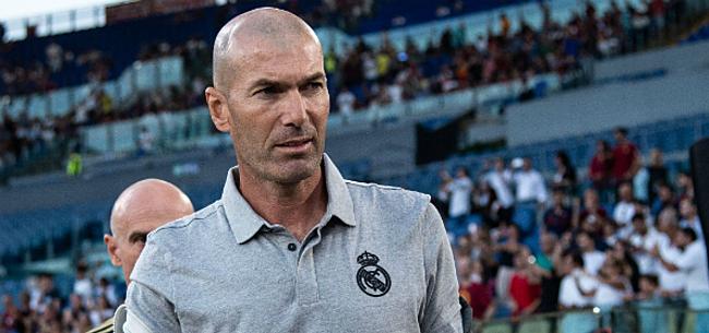 Foto: Zidane spuit plots mist over transfer: