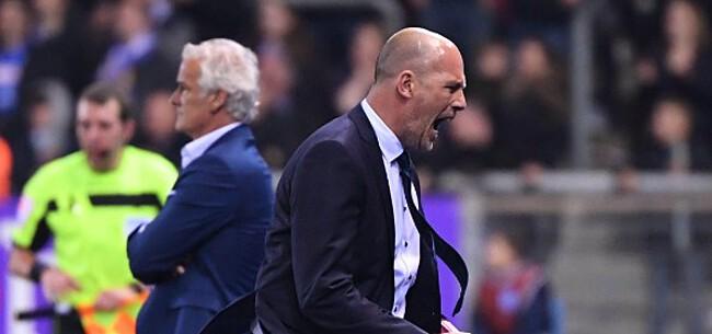 Foto: Anthuenis geeft Clement raad over toekomstige transfer