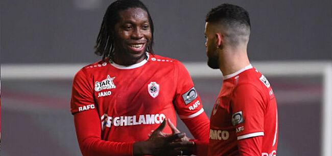 Foto: Jaecques laat zich uit over contractverlengingen Mbokani en Van Damme