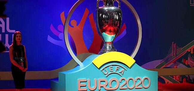 Foto: Fans versturen signaal richting UEFA: EK naar 2021