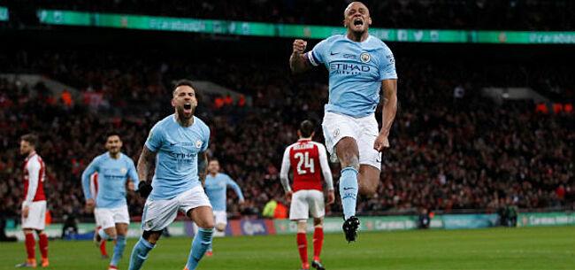 Foto: Zo viert Vincent Kompany de titel van Manchester City (VIDEO)