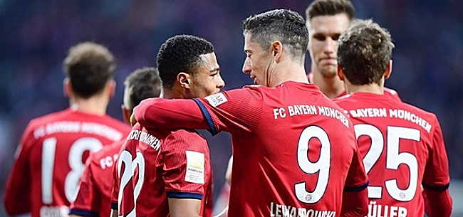 Foto: Flitsend Dortmund wint ook Kohlenpottderby, Bayern pakt driepunter