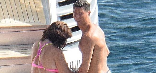 Foto: Ronaldo herstelt op peperdure jacht in Ibiza van zijn blessure
