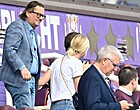 """Foto: Anderlecht-aanhang richt pijlen op Coucke: """"Hypocriet!"""""""