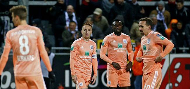 Foto:  Anderlecht-sterkhouders krijgen ervan langs: