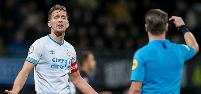 Foto: VAR en Vitesse houden Nederlandse titelstrijd razend spannend