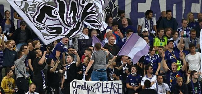 Foto: Anderlecht-fans komen met prachtige actie tegen AA Gent