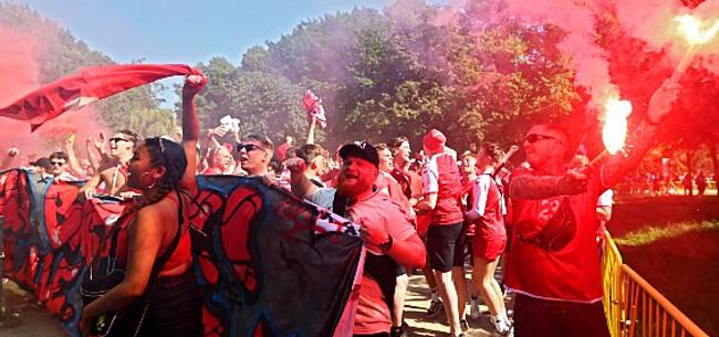 Foto: UEFA weer de mist in: regenboogvlag Deense fans afgenomen