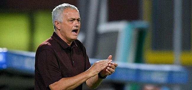 Foto: Mourinho delft het onderspit in zinderende Romeinse derby