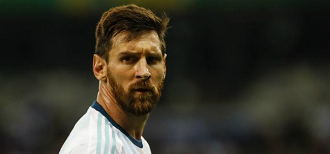 Foto: Messi beleeft baalavond bij Argentinië: overgeven en goal afgekeurd