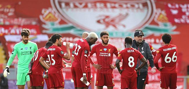 Foto: Everton en Liverpool delen punten in stevige Merseyside-derby