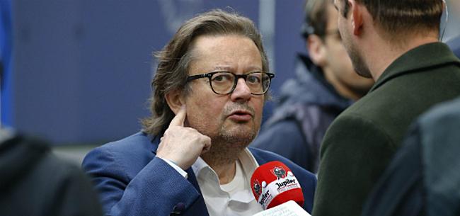 Foto: VRT-journalist geeft Coucke flinke veeg uit de pan