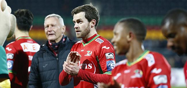 Foto: Lombaerts deelt prikje uit aan Coucke en Anderlecht