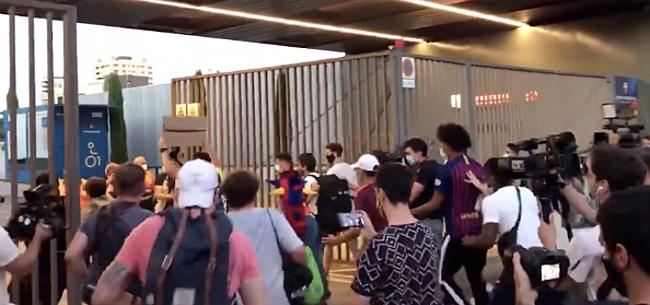 Foto: Spanning loopt op: Barça-fans breken clubcomplex binnen