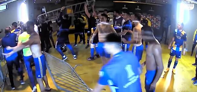 Foto: Waanzin: spelers Boca Juniors massaal op de vuist met politie (🎥)
